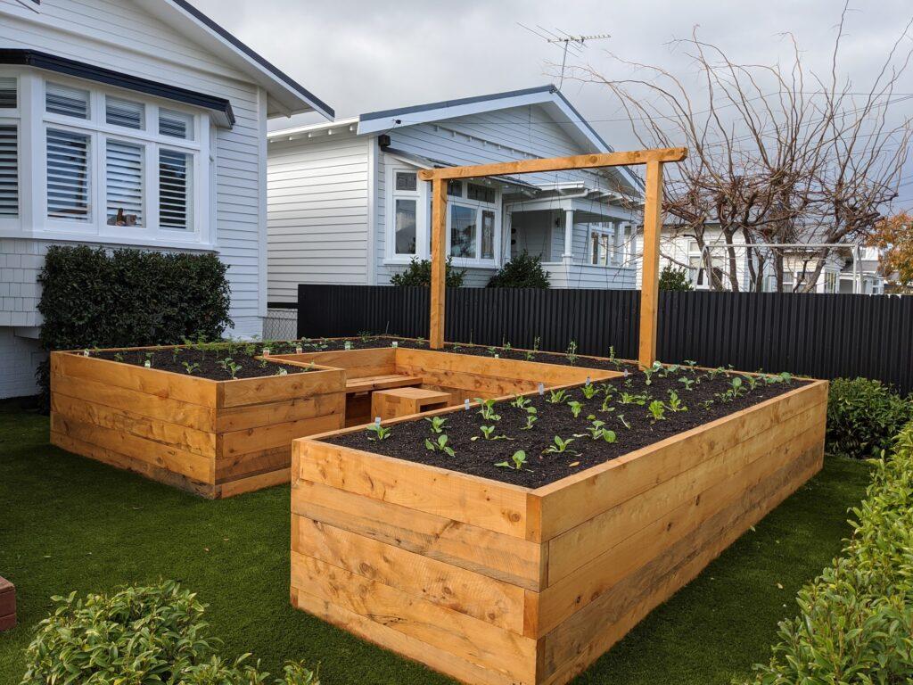 Vegetable Gardens - Colossal